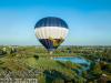 Luchtballon vertrekt vanuit wijkpark